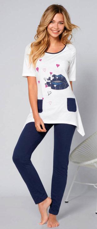 Dámské pyžamo s asymetrickými cípy