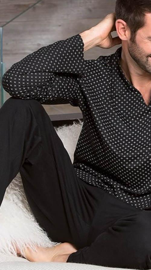Černé puntíkované pánské pyžamo