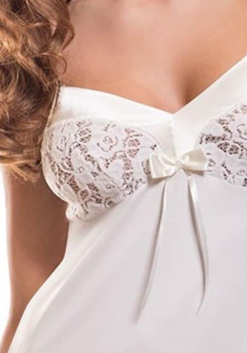 Bílá košilka s krajkovými košičky