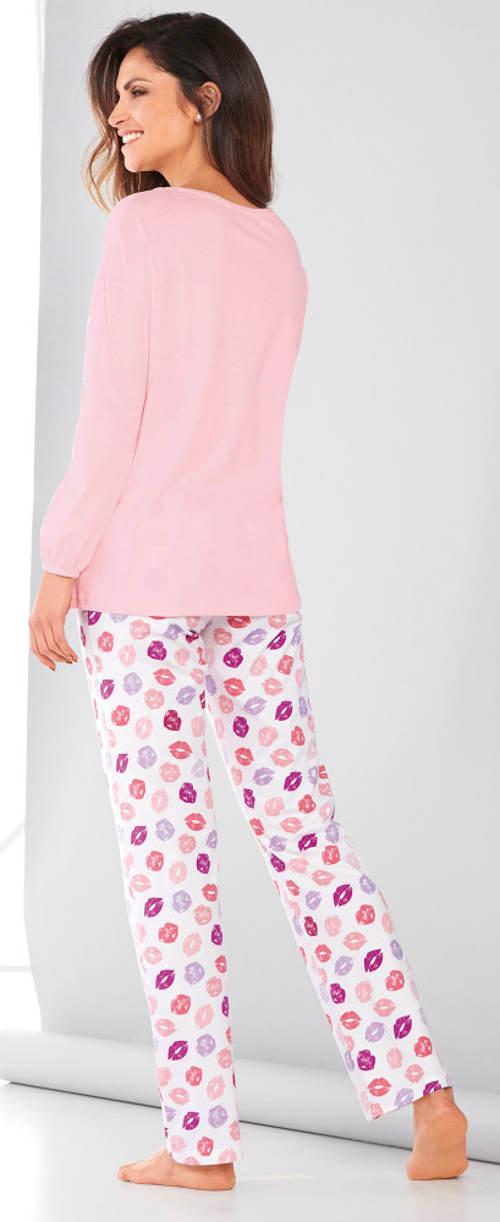 Dlouhé dámské romantické pyžamo