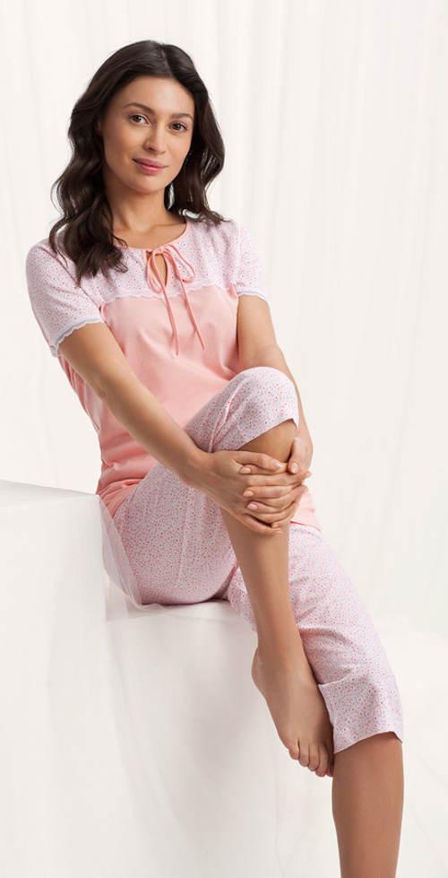Pohodlné dámské capri pyžamo