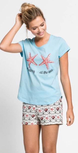 Kraťasové dámské pyžamo na dovolenou u moře
