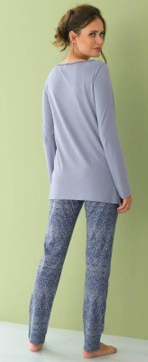 Teplé dámské pyžamo s dlouhými rukávy