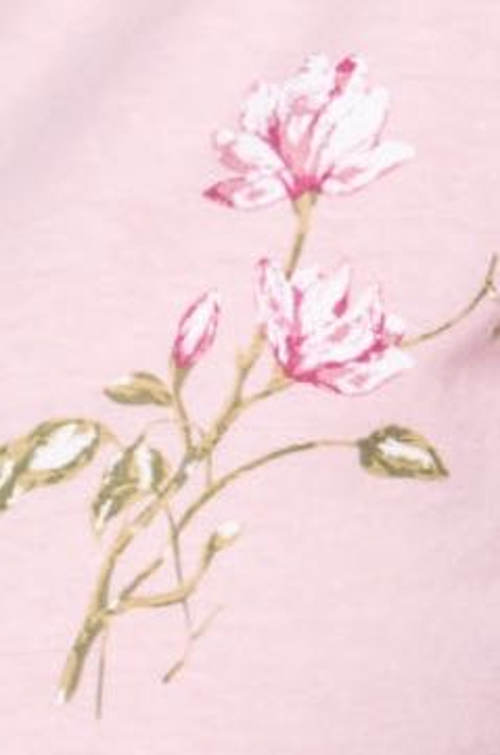 Růžové dámské pyžamo s květinovým motivem