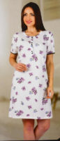 Noční košile pro plnoštíhlé s květinovým potiskem