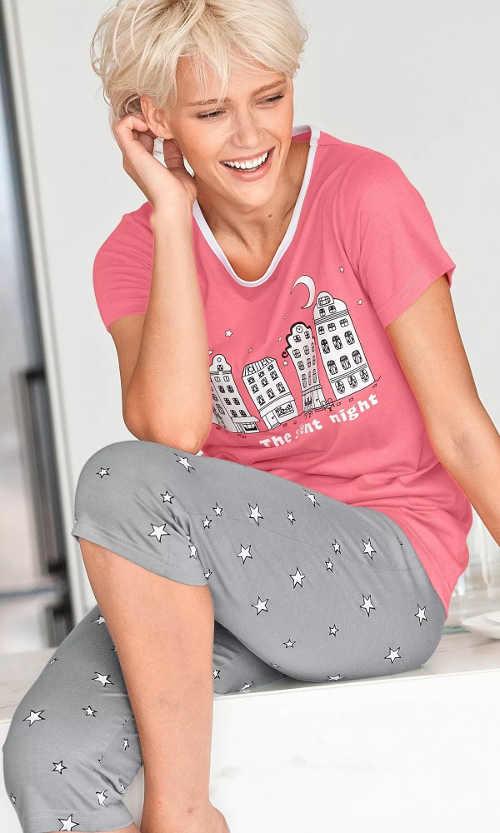 Pohodlné bavlněné pyžamo na léto