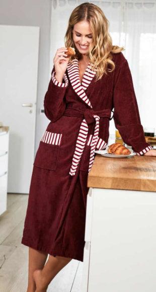 Vínový dámský froté župan s pruhovanými lemy