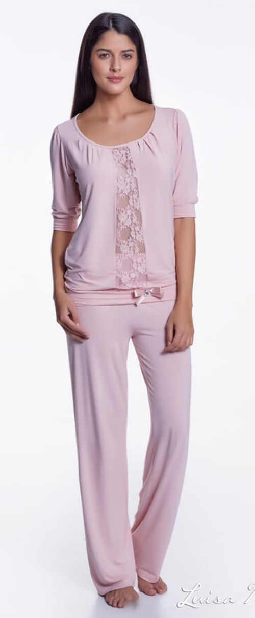 luxusní pyžamo v moderním designu