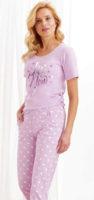 Dámské moderní pyžamo s nápisem ve světle fialové barvě