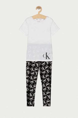 Moderní dětské pyžamo Calvin Klein v černo-bílém provedení