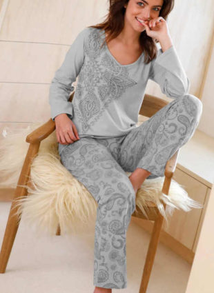 Dámské šedé bavlněné dlouhé pyžamo s potiskem
