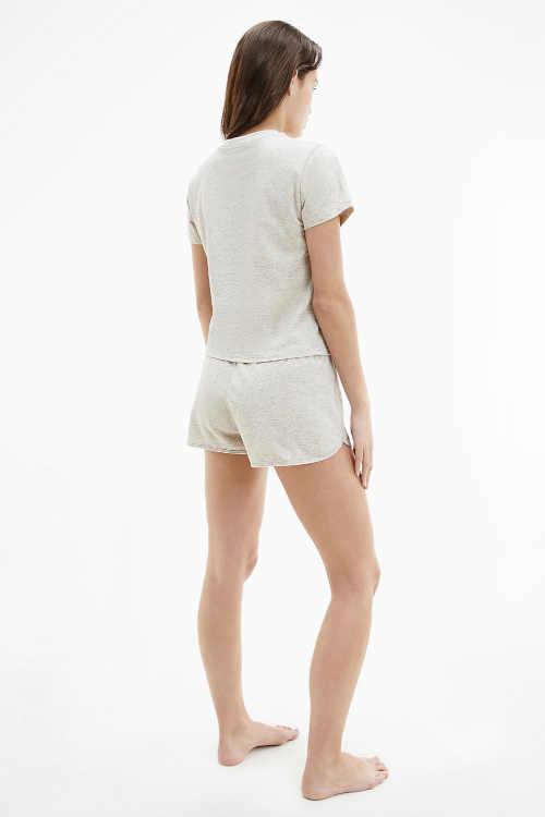 pyžamo s krátkými šortkami